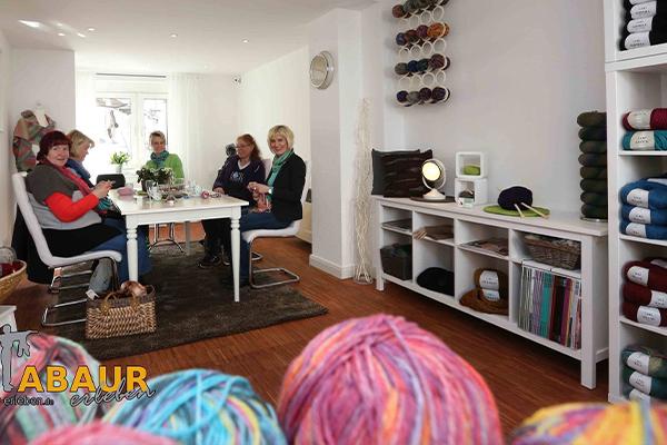 Bild 3 von Annette's Strickeria - Wolle & mehr Der freundlich - gemütliche Wollladen in Montabaur