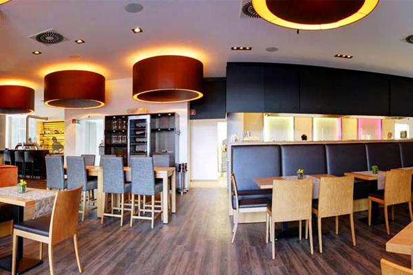 Bild 2 von Roundabout - Italian Kitchen*Cafè*Bar*Smokers Lounge